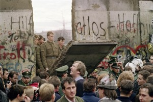25-years-since-the-fall-of-the-berlin-wall-meps-tell-their-stories